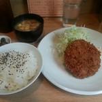 54387261 - メンチカツ定食