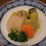 さらい - 野菜の炊き合わせ(冬瓜、かぶ、牛蒡、茄子、南京、人参、ブロッコリー)