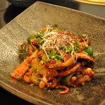 新羅会館 家族亭 - ナッチポッカ1,300円(足長タコと野菜を自家製味噌で炒めたもの)