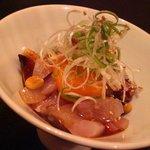 魚山人 - 料理写真:海鮮ユッケ