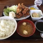 達磨 - 料理写真:唐揚定食 700円