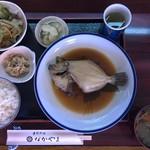 季節料理なかやま - カワハギの煮魚定食(ランチタイム)