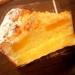 ヒルンド・ルスティカ - ●パインのカスタードケーキ 367円