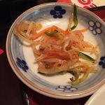 王ちゃんの中華 - 油淋鶏定食・小鉢(780円税抜)16.8月