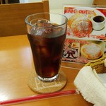 パンケーキcafe あいあん - ドリンクセット(216円)アイスコーヒーです。