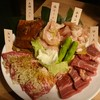 牛角 - 料理写真:人気5種盛り ¥1980