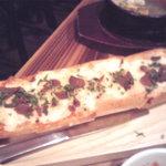 カルネヴァーレ - バゲットのピザ