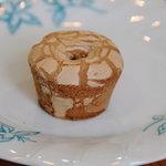 エトワール・ホリエ - 料理写真:伊万里焼饅頭