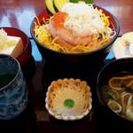 レストランルピナス - ネギトロ丼定食
