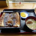 知床食堂 - 黒ハモ丼(1100円)_2016-07-10