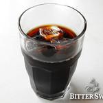 カフェ ビタースイート - アイスコーヒー ¥417〔税込¥450〕:2016年夏より水出し(コールド・ブリュー)でご提供しています。