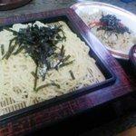 尾山町末廣亭 - ある日の日替わり、ザルラーメン+ミニ炒飯