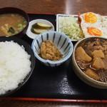 米やのめしや - 料理写真:肉じゃが & ハムエッグ定食