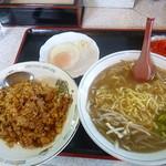 アカシヤ食堂 - 料理写真:焼飯&小ラーメン(塩)2016.8月