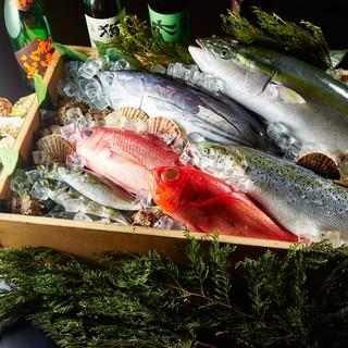 産地直送の鮮魚を使った自慢の料理