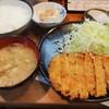 味亭 - 料理写真:とんかつ定食\700(16-07)