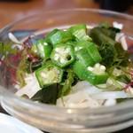 めしや食堂 - 99円オクラ海藻サラダ