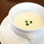 洋食屋 神戸デュシャン - 冷製スープ (^_^)b