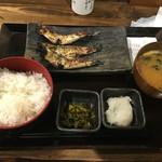 しんぱち食堂 - 3羽いわし定食@540円
