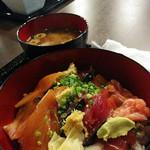 創作料理・寿司 いろは - 三食づけ丼