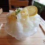 にこすたいる - かき氷はちみつレモン