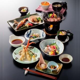 【蟹・肉・旬食材】新鮮な素材を使用したコースをお楽しみ下さい