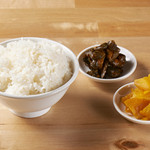 肉汁麺の相棒(白飯)