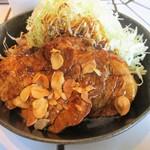 東京トンテキ - 大トンテキ定食(アップ)