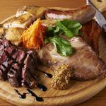 八坂のダイニング HACHI - おまかせ肉料理盛り合わせ 小