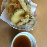 たくみの郷 - 季節の野菜天ぷら。これ300円はお得。