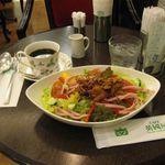 54472761 - コーヒー&チキンと野菜のカフごはん(2016.07)