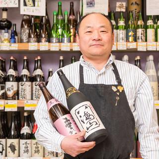 日本酒は、すべて地元・金沢の田鶴酒店より仕入れ。