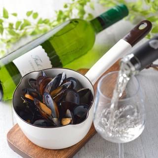 オリジナルワイン&常時30種類のワインをご用意しております