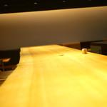 豚組食堂 - 立派なカウンター席