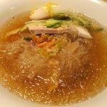 5449759 - 冷麺館 手打ち冷麺 完璧なスープがコレ