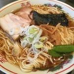 太平楽 - 中華そば(中盛り)600円