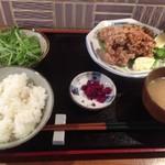 虎うま - 鶏から揚げ定食