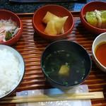 海鮮料理 あみたつ - 日替わり定食 800円