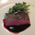 54497543 - 和牛ランプ肉のロースト赤ワインソース