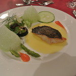カーブドッチ - 白身魚のソテー 夏香る野菜を添えて