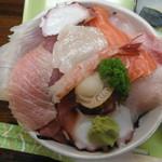 54501861 - 海鮮丼 アップ