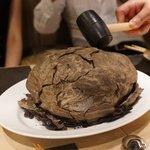 ミモザ - 伊達鶏の泥包み焼き(乞食鳥)