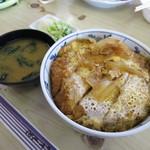 ふるさと食堂 - 料理写真:カツ丼600円(税込)。