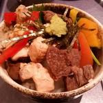 近江多賀亭 - 全てをご飯に盛り付けてガッツリ食べる