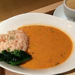チャウダーズ・スープ&デリ - しっかり食事になるスープです
