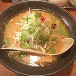 麺屋 花蔵 - 鶏ごぼうラーメン みそ味