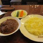 シャミアナ - チキンカレー&サラダ