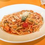 54513942 - 夏野菜のトマトソース