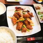 百菜百味 - 鶏唐揚げの唐辛子炒め