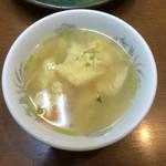 54515161 - 丼にセットの玉子スープ